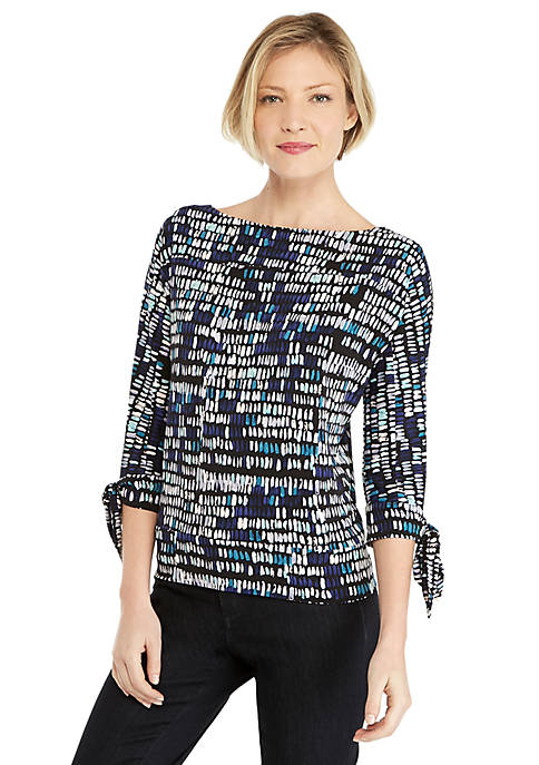 Petite Printed Banded Bottom Knit Top