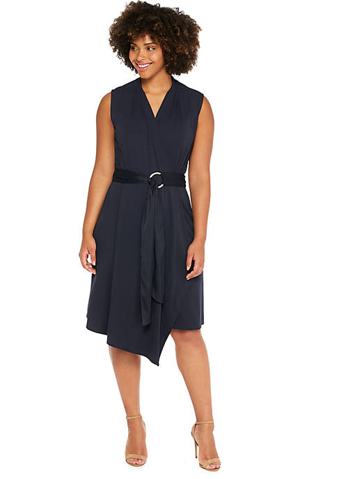 Plus Size Sleeveless D-ring Belt Dress