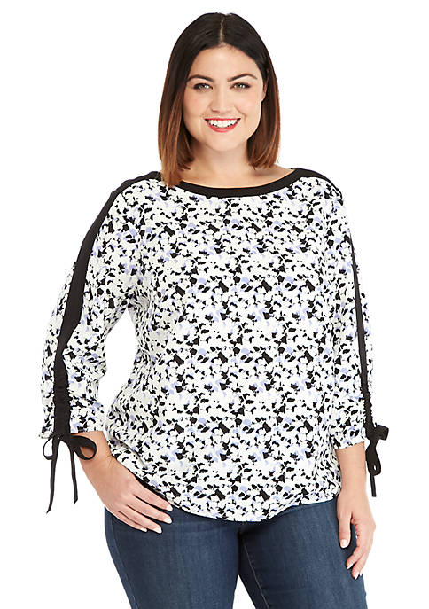 Plus Size 3/4 Tie Sleeve Blouse