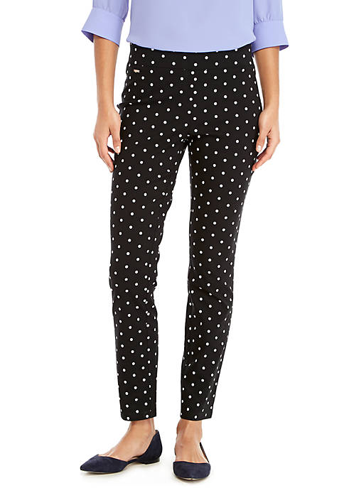 Petite Signature Pull-On Skinny Pants in Exact Stretch
