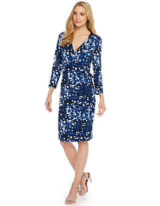 ee571bf52cd61 Petite Printed Wrap Dress | THE LIMITED
