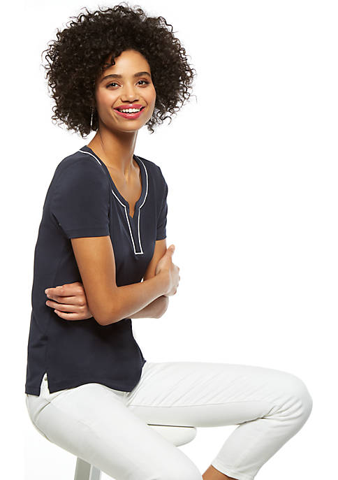 Short Sleeve V Neck Piping Trim Top