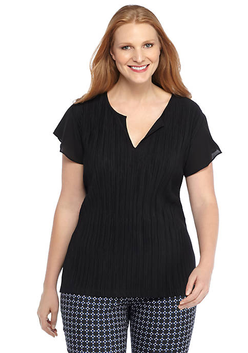 Plus Size Solid Bodre Top