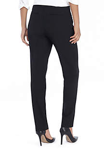 Petite Signature Skinny Pant in Modern Stretch