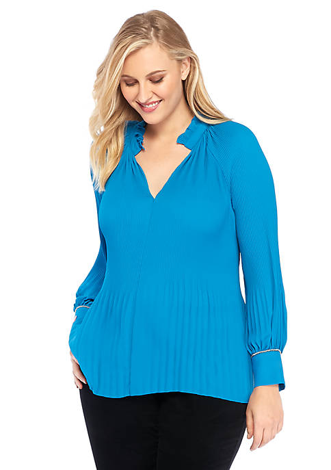 Plus Size Split Neck Pleated Blouse