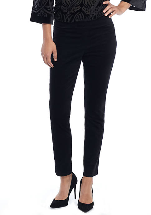 Signature Pull-on Skinny Pant in Velveteen Stretch