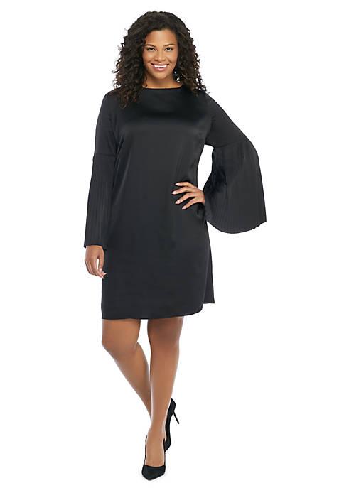 Plus Size Pleated Sleeve Dress